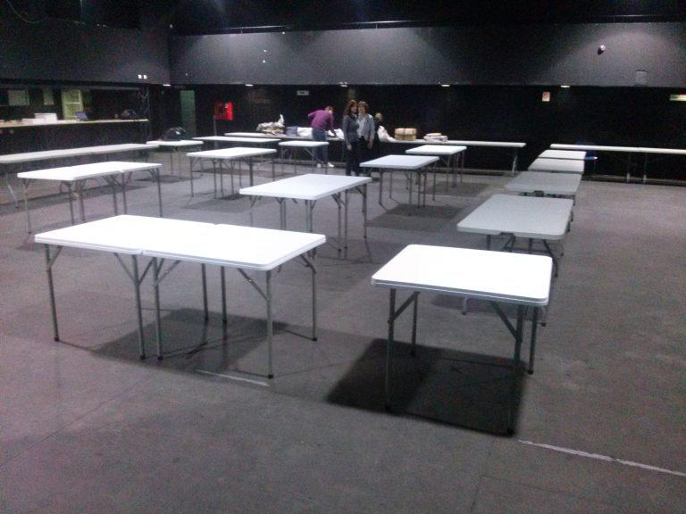 Iznajmljivanje pravougaonih stolova