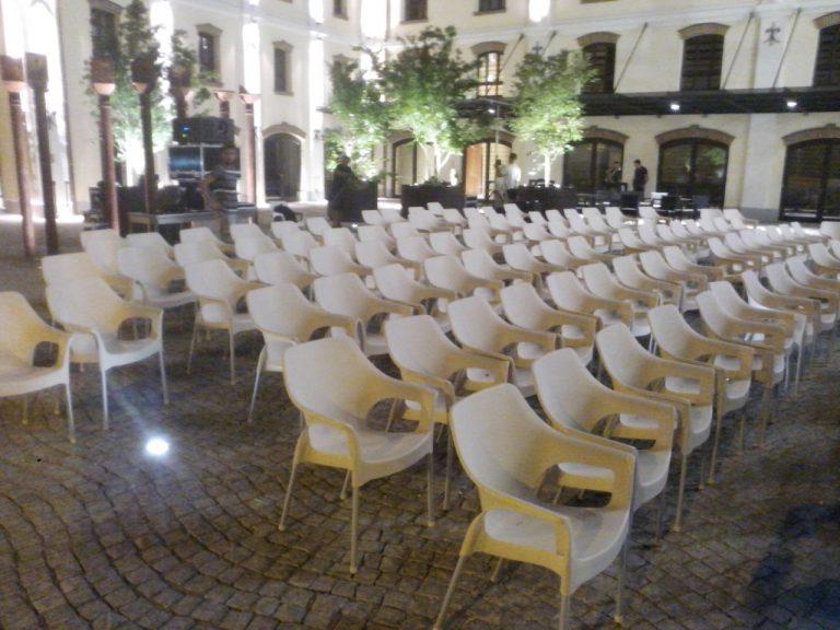 Iznajmljivanje bastenskih stolica