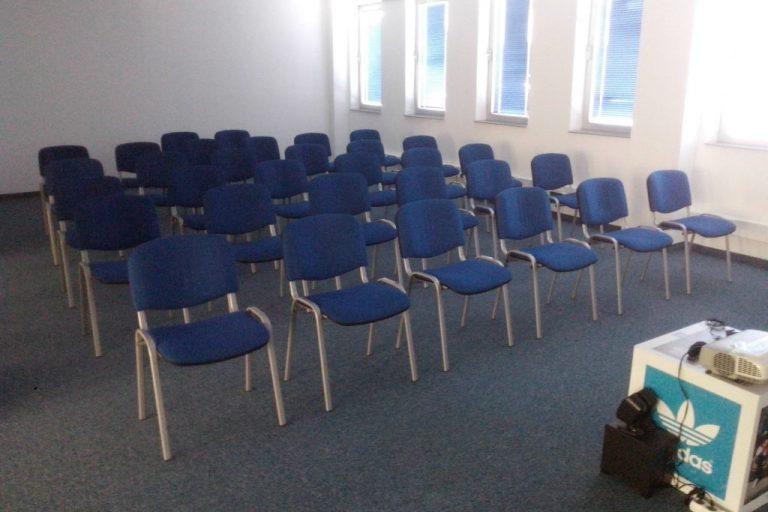 Iznajmljivanje konferencijskih stolica